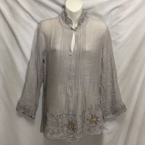 New gorgeous Boho  blouse Solitaire S